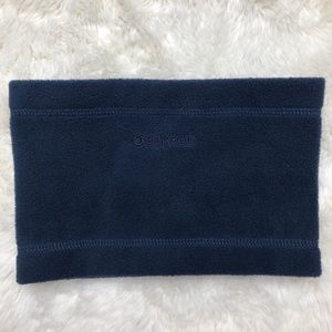 OshKosh Blue Fleece Neck Warmer Size 18 Months